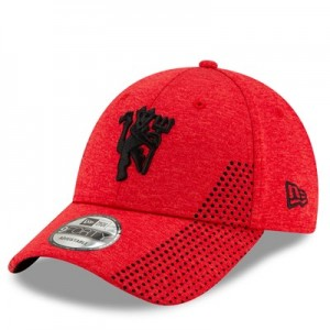 Manchester United New Era Devil Shadow Tech 9FORTY Adjustable Cap - Scarlet - Adult